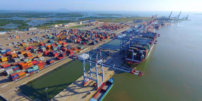Vietnam sea port1
